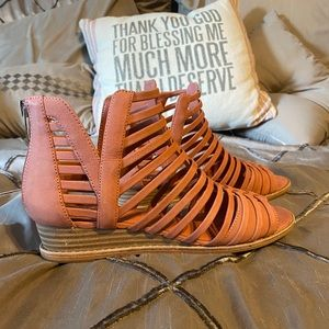 Vince Camuto Rose Leather Revey Wedge Sandals